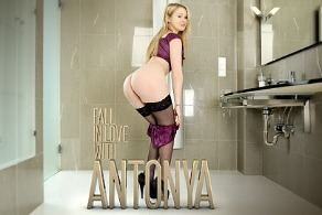 Fall in love with Antonya