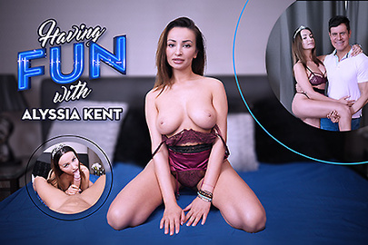 Having Fun with Alyssia Kent