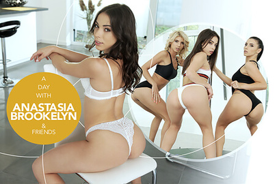 A day with Anastasia Brookelyn & friends