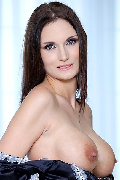 Marie Marlo