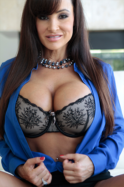 Interactive Porn Games with Lisa Ann