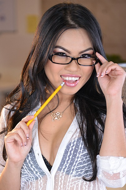 Interactive Porn Games with Cindy Starfall