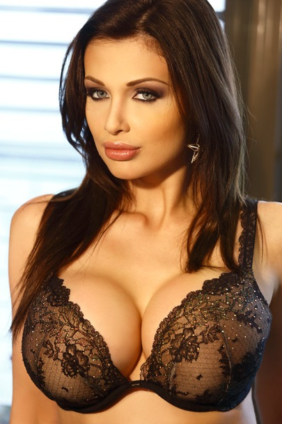 Interactive Porn Games with Aletta Ocean